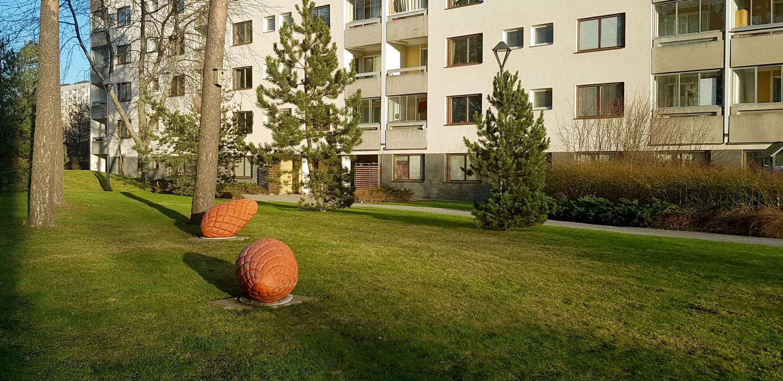 Innergård hos Svenska Bostäder på Vårbergs Allé