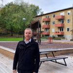 Einar Mattsson rustar upp i Vårberg
