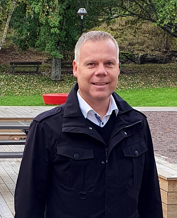 Leif Eriksson, Einar Mattsson